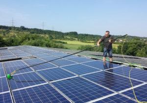Solaranlagenreinigung - clean24 Gebäudereinnigung Stuttgart